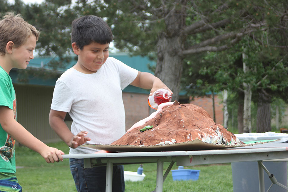 2015-05-29-Grade-3-Volcanic-Eruptions-48