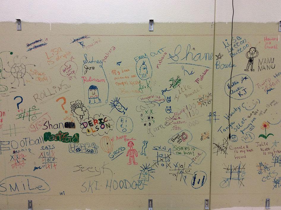 2016-06-30-images-under-the-chalkboards-04